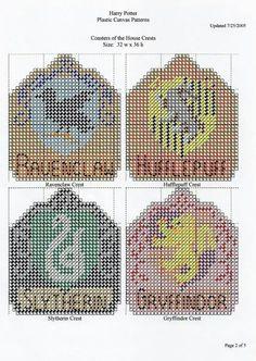 Harry Potter coasters Plastic Canvas Coasters, Plastic Canvas Ornaments, Plastic Canvas Crafts, Plastic Canvas Patterns, Yarn Crafts, Sewing Crafts, Cross Stitch Harry Potter, Harry Potter Canvas, Canvas Designs