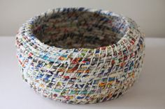 Upcycled Paper Baskets: Junk Mail / Coiled / Extra Large via Etsy. Recycled Paper Crafts, Newspaper Crafts, Recycle Paper, Newspaper Basket, Junk Mail, Paper Basket Weaving, Magazine Crafts, Waste Paper, Diy Papier