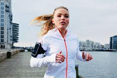 Defina a meta - sair do sedentarismo ou emagrecer -, coloque o tênis e escolha um dos programas criados especialmente para você. Só não vale ficar parada!