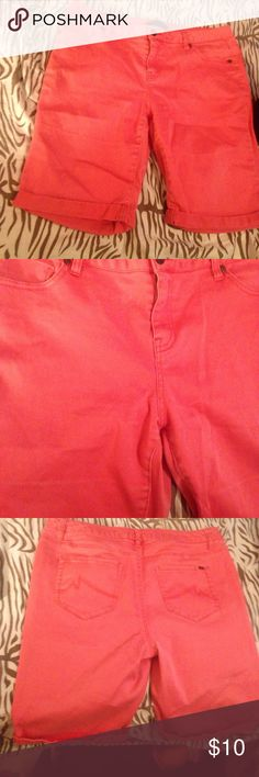 Bermuda peach shorts,😃 Bermuda (right-above knee length) shorts. PeachColor has faded somewhat. Please Save these shorts😇 Max Jeans Shorts Bermudas