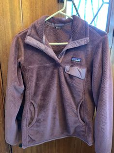 In great condition! Somehow tag got pulled off but I believe this is a size small Patagonia Fleece Jacket, Patagonia Pullover, Pull Off, Rain Jacket, Windbreaker, Purple, Sweaters, Jackets, Fashion