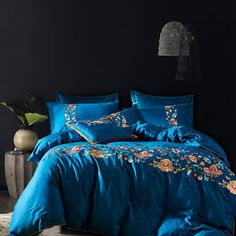 Blue Embroidered Flower 4pcs Bed Line 100% Egyptian Cotton Bedsheet Bedding Set Bedclothes for Bedroom Classic posh duvet cover