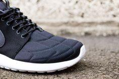 Nike Roshe Run Mid Black & Grey
