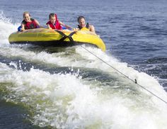 It's boating season! Check out #BoatingSafety tips from the #OaklandCounty Sheriff's Office in our latest blog post and stay safe on the water!