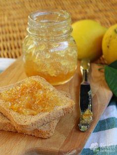 Come fare la Marmellata di limoni Bimby Cornbread, Dairy, Cheese, Ethnic Recipes, Food, Biscotti, Kitchen, Canning, Marmalade