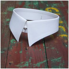 Gentlemen's detachable collar. Starched, white cotton collar - Brand - Radiac, Style - Royal Standard, Size 15.5