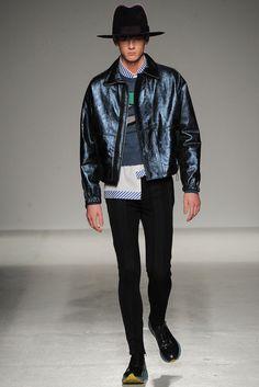 John Galliano Fall 2014 Menswear Collection Photos - Vogue