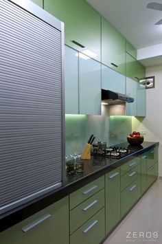 Apartment in Mumbai by Kitchen Cupboard Designs, Kitchen Room Design, Modern Kitchen Design, Small House Interior Design, Interior Design Kitchen, House Design, Kitchen Modular, Modern Kitchen Interiors, Kitchen Layout Plans