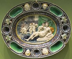 bernard palissy dish from 16th c France -- magnificent