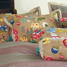 Collezione letto FLORAL FANTASY KHAKI | PIP STUDIO in vendita su ATMOSPHERE - Oggettistica di design, accessori tavola, tessile casa, idee regalo