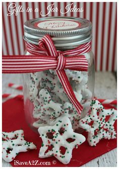 Homemade Gifts In a Jar Ideas for Christmas or any other holiday depending on the ribbon you use!!!