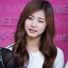 Twice Tzuyu 쯔위 周子瑜 Kpop Girl Groups, Korean Girl Groups, Kpop Girls, Nayeon, Korean Beauty, Asian Beauty, K Pop, Beautiful Asian Girls, Beautiful Women