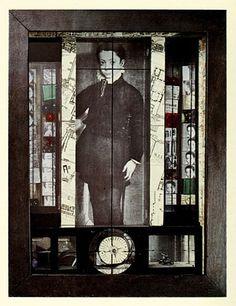 Joseph Cornell. Medici slot machine. 1942.