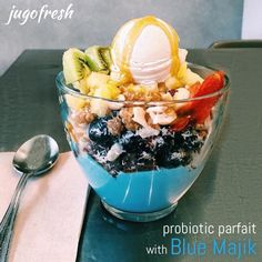 How delish does this look? Yum! Next time you're in south Florida stop by one of the Jugofresh locations and order the ** Probiotic Parfait with Blue Majik ** Jugofresh is the spot for cold-pressed juices, smoothies, foods, and good vibrations. Made fresh daily. 100% organic. Made with high integrity. www.jugofresh.com @jugofresh #jugofresh #e3live #bluemajik #delish