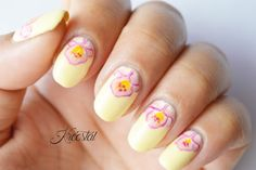 Kreestal: ** Nail art half moon flower **