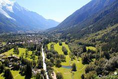 Golf de Chamonix, Haute-Savoie, Auvergne-Rhône-Alpes, France. Vidéo aérienne sur FlyOverGreen / Aerial video on FlyOverGr
