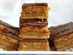 Paleo Zserbó (liszt-, cukor- és tejmentes) Healthy Cookies, Healthy Desserts, Paleo Dessert, Dessert Recipes, Paleo Desert Recipes, Low Calorie Desserts, No Carb Recipes, Salty Snacks, Healthy Food Options