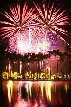 Hawaii Fireworks - Ala Moana's, Hawaii