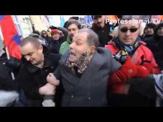 """Участника акции """"Марша памяти"""" Немцова, не считающего Бандеру героем, бьют Посмотрите,  СВОИМ  НИЧЕГОНЕДЕЛАНИЕМ  мы  допустили  БАНДЕРОВЦЕВ  НА  УЛИЦАХ  МОСКВЫ !   Ждём,  когда  ОНИ  ПРИДУТ  В  НАШИ  ДОМА ?   ВЫХОДИТЕ  5  марта  В  ЗАЩИТУ  СЕБЯ ! http://rusnod.ru/   http://refnod.ru/   http://www.o-nod.ru/"""