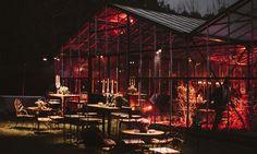 #Invernadero #night #noche #lights #iluminacion #weeding #weedingdesign #events #eventdesign Weeding, Cabin, Events, Lights, House Styles, Home Decor, Hothouse, Night, Grass