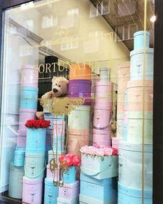 ~ FORTUNATO ~ róże w pudełkach 🌹 pastelowy zawrót głowy #happytimes #flowerbox #kwiatywpudełkach #kwiatybezokazji #love #kwiaciarnia #roses