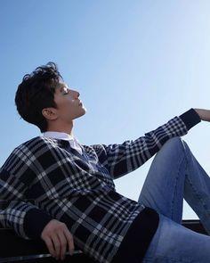#yangyang #yang #love020 #thekingsavatar #love #Idol #boys #boy #handsomeguy #handsomeboy #handsome Asian Love, Asian Men, Asian Guys, Hiphop, Jang Jang, Love 020, The Kings Avatar, Yang Yang Actor, Poses For Photos