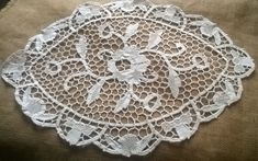 Venetian Art Lace Doily French Antique 1930's Off White Cotton Handmade Lace Table Center Roses Floral Doily #sophieladydeparis