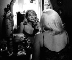 ★ The One & Only - Marilyn Monroe ★ Old Hollywood ♡ Norma Jeane ♡ Marylin Monroe, Marilyn Monroe Photos, Marilyn Monroe Style, Vintage Hollywood, Hollywood Glamour, Classic Hollywood, Hollywood Makeup, Hollywood Vanity, Inge Morath