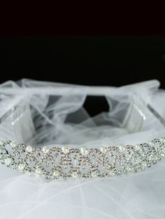 Cristal and Rhinestone Communion Veil
