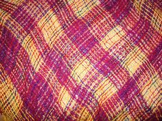 Tri Loom Weaving Page Loom Weaving, Hand Weaving, Types Of Weaving, Loom Patterns, Loom Knitting, Fiber Art, Knit Crochet, Triangle, Rag Rugs