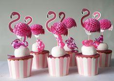 Flamingo traktatie - DHZ Pakketje | Doe het Zelf pakketjes | i-presents kindertraktaties Birthday Treats, Party Treats, Birthday Parties, Flamingo Birthday, Flamingo Party, Healthy Treats, Mini Cupcakes, Fondant, Birthdays
