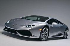 Mobil Mewah Lamborghini Alami Kecelakaan Parah di Tol Priok - http://www.iotomotif.com/mobil-mewah-lamborghini-alami-kecelakaan-parah-di-tol-priok/27753