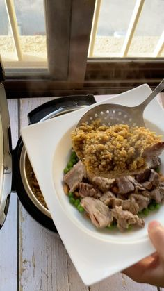 "Fatmee _ kitchen🇱🇧🇰🇼 on Instagram: "". فريك باللحم فيكن تظبخوها عالدجاج . إستخدمت طنجرة الصغط المتعددة الوظائف Instant Pot . @instantpotme #TheMustHavePot اذا حابين تعرفو…"" Arabic Food, Tv, Recipes, Arabian Food, Tvs, Recipies, Recipe, Television Set"