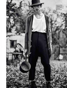Bram-Valbracht-Elle-Men-China-Fashion-Editorial-2015-002