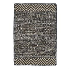 The Pattern hall runner rug by House Doctor is made of jute and has a slip resistant backside of rubber. Jute and rubber are two durable materials which makes the rug ultimate for the hall and other exposed surfaces. It has a classic look that suits the most homes and is easy to match with other interior!