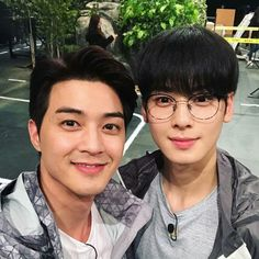 ChaEunwoo #차은우 & #김지훈  #KimJiHoon ( #LeeDongMin #이동민 )  #아스트로 #ASTRO [Twitter ASTRO| @offclASTRO / Agency Twitter |@fantagiogroup / ASTRO Instagram | @astro.s ] [JiHoon Instagram | @jiraishin99]