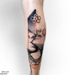 This is an amazing tattoo ☆ Lucky Tattoo, I Tattoo, Leg Tattoos, Cool Tattoos, Chasing Pavements, Modern Art Tattoos, Sketch A Day, Beautiful Tattoos, Art Day