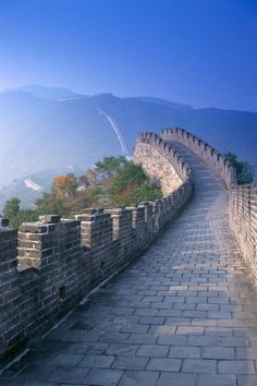 Great Wall of China. I just love the colors of this picture <3