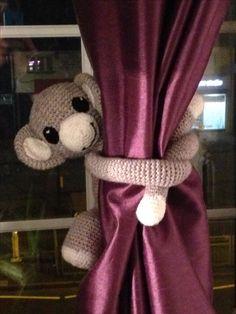 Cheeky monkey curtain tie back Curtain Tie Backs, Monkey, Curtains, Knitting, Crochet, Home Decor, Insulated Curtains, Crocheting, Monkeys