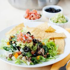 Dinner. Get into my belly. Because Mexican food, every day 🙌 #everynightistaconight #tacosalad #instayum #omgyum *** Cena. Ven a mi estómago. Comida mexicana, todos los días 🙌 #tacostodaslasnoches #tacos #ensaladadetaco