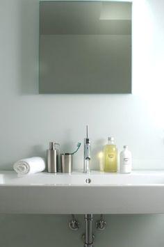 Bathroom | Bicchiere portaspazzolini / portapenne in acciaio inossidabile | www.agora-home.com