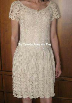 http://celeidapaixaoportrico.blogspot.com.br/2012/12/vestido-em-croche.html