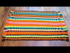 Rug with your hands from old T-shirts without a hook Crochet Baby Booties Tutorial, Weaving Loom Diy, Braided Rag Rugs, Rag Rug Tutorial, Latch Hook Rugs, Old T Shirts, Camping Crafts, Diy Wall Art, Woven Rug