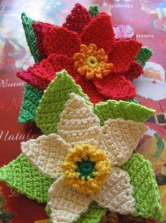 pretty crochet poinsettas