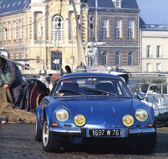 Alpine Renault A 110 les dernières berlinettes 1977 - Automobiles Classiques décembre 1989 / janvier 1990.