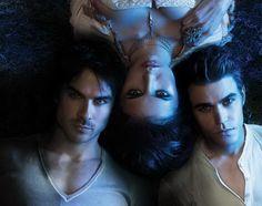 Um triângulo amoroso melhor que Crepúsculo.... Um romance uma serie melhor que Crepúsculo... Superação total... Irmãos Salvatore e Elena...