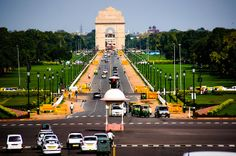 India Gate of Delhi , a must visit place when in New Delhi India.