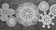 Caminho de mesa DOILIES!  #doilies #crochê #decor #shabbychic #vintage #retro #tablerunner