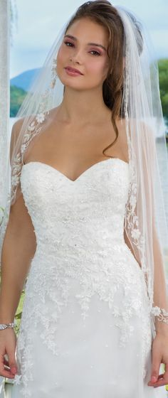 Sweetheart Gowns features the best in bridal at a great price. Find on-trend, flirty and fun wedding dresses to make every bride feel sweet and charming. Lace Wedding Dress, 2016 Wedding Dresses, Designer Wedding Dresses, Wedding Gowns, Prom Dresses, Bridesmaid Gowns, Bride Dresses, Recycled Wedding, Wedding Gown Gallery