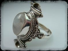 Sterling Silver Gemstone Ring Moonstone natural by ShopSparrow,